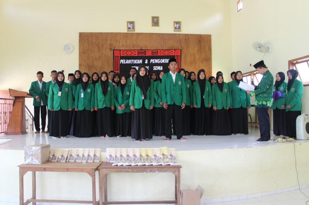 Pelantikan Pengurus Senat Mahasiswa (SEMA) Periode 2018-2019